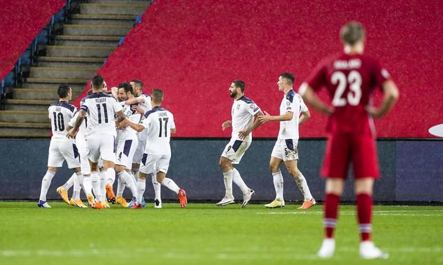 Radost naših fudbalera u Oslu, u završnici meča Norveška - Srbija