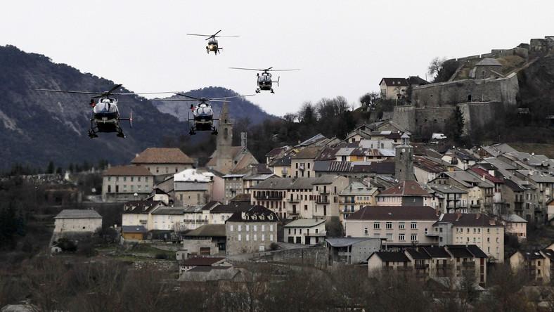 Airbus A320 niemieckich linii Germanwings rozbił się wczoraj koło miejscowości Seyne les Alpes we francuskich Alpach. Zginęło 150 osób: 144 pasażerów i sześciu członków załogi. Wśród pasażerów było najwięcej obywateli Niemiec - 72 osoby - oraz Hiszpanii - 35 osób. W sumie na pokładzie byli obywatele co najmniej 15 krajów. Prawdopodobnie nie było wśród nich Polaków, choć nie ustalono jeszcze narodowości wszystkich ofiar.
