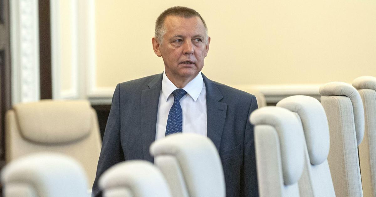 Marian Banaś zwolnił pracowników w NIK