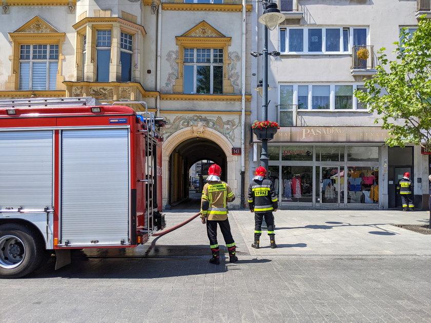 Pożar komórek przy Piotrkowskiej w Łodzi