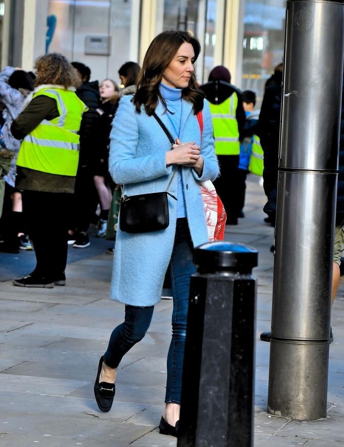 Kejt na ulicama Londona kao sva običan svet