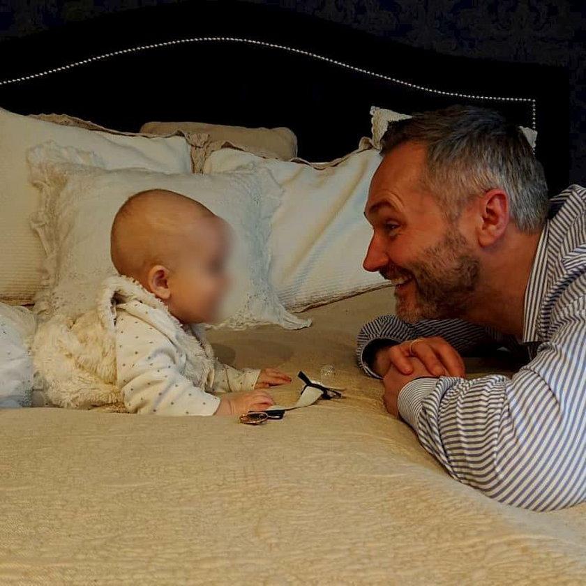 Córeczka syna Wałęsy przejdzie operację na otwartym sercu. Poruszające zdjęcie