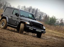 Jeep Wrangler Sahara – nie tylko na pustynię