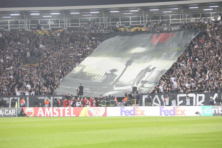 FK Partizan, Mančester junajted