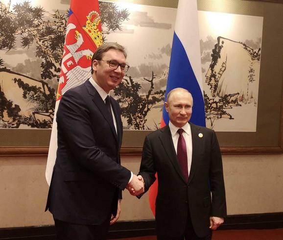 Vučić i Putin u Pekingu