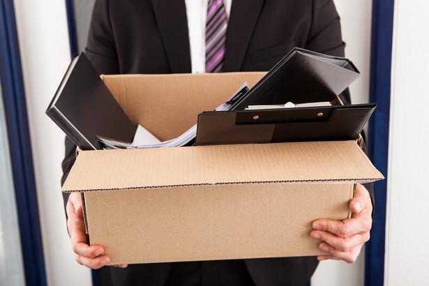 W przypadku braku związków zawodowych w firmie, prawo zobowiązuje pracodawcę do konsultowania zmian wynikających ze zwolnień grupowych z reprezentacją załogi