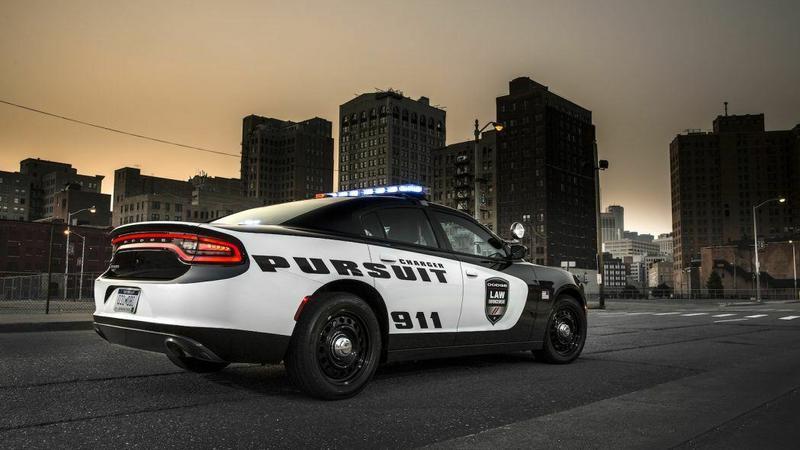 Radiowozy z technologią ochrony policjantów