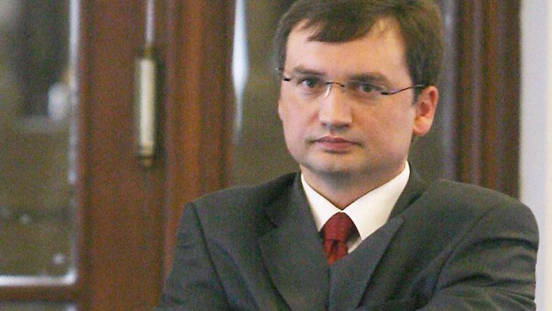 """Ziobro: Tusk to typ """"pustaka"""""""