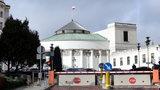 Sejm chce czerpać energię ze słońca. Szykuje przetarg na panele za pół mln zł