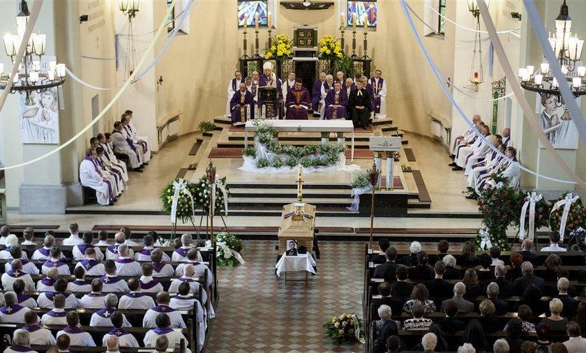Pogrzeb księdza Mrochena