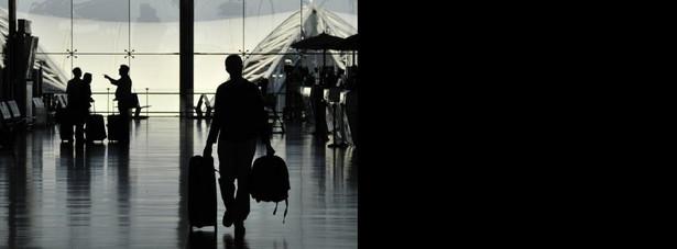 Kiedy przewoźnik odwoła lot, pasażer może wnieść powództwo o odszkodowanie do sądu właściwego według miejsca odlotu albo przylotu samolotu.