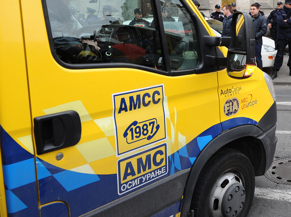 AMS S savetuje da se vozi u jutarnjim ili večernjim satima, ako se ide na duže relacije