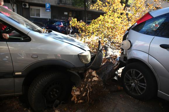 Pokupio drvo, pa auto, onda i u restoran