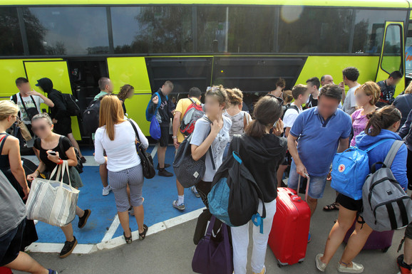 Srednjoškolci po povratku iz Španije