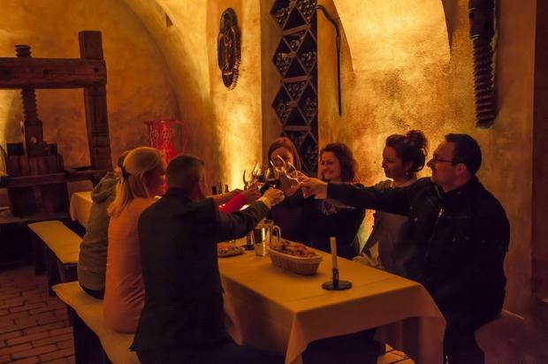 Degustacja w winnej piwniczce