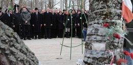 Polska delegacja wskazała miejsce, gdzie stanie pomnik