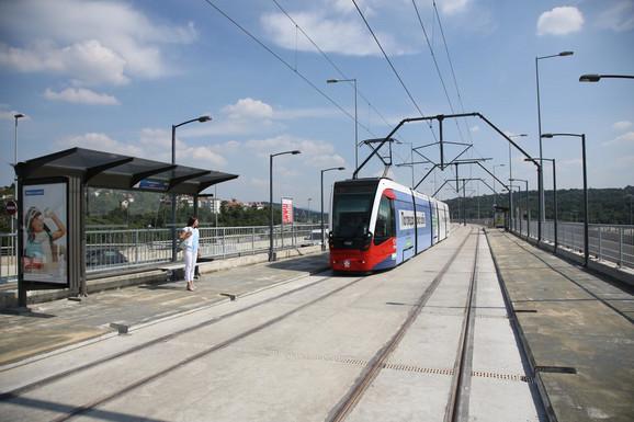 Većina tramvaja sada će ići preko Mosta na Adi