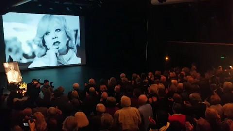 Dirljivo: Mileni Dravić kolege tapšale 10 minuta uz pesmu posvećenu njoj