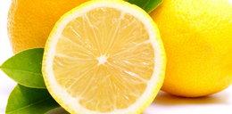 Wyrzucasz skórki z cytryny? To duży błąd