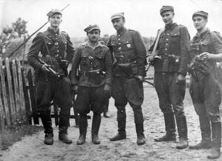 Polityka historyczna, czyli wojna o pamięć