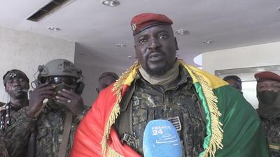 Guinée: le Colonel Doumbouya va rouvrir toutes les frontières