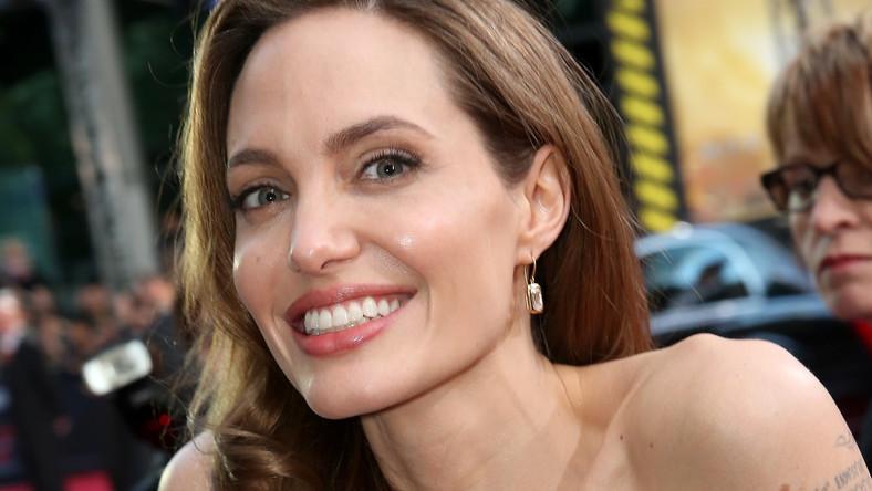 Angelina Jolie znów po drugiej stronie kamery