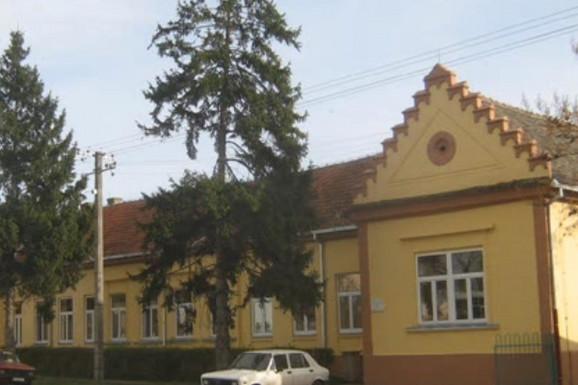 ŽENA GA VEZALA, MUŽ UBIO Istraga jezivog ubistva muškarca u Sremskoj Mitrovici donela je POTPUNI PREOKRET