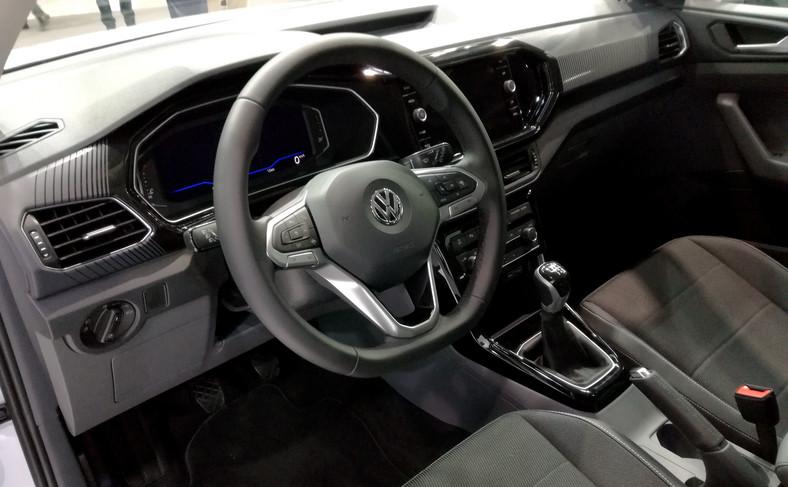 Miłośnikom dobrego brzmienia spodoba się opcjonalny system dźwiękowy Beats m.in. z 8-kanałowym wzmacniaczem o mocy 300 wat oraz z osobnym subwooferem umieszczonym w bagażniku auta