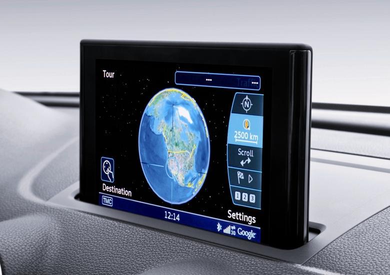 Audi od lat współpracuje z Google. Od kilku lat użytkownicy nawigacji MMI mogą korzystać m.in. z podglądu map ze zdjęciami Google Earth