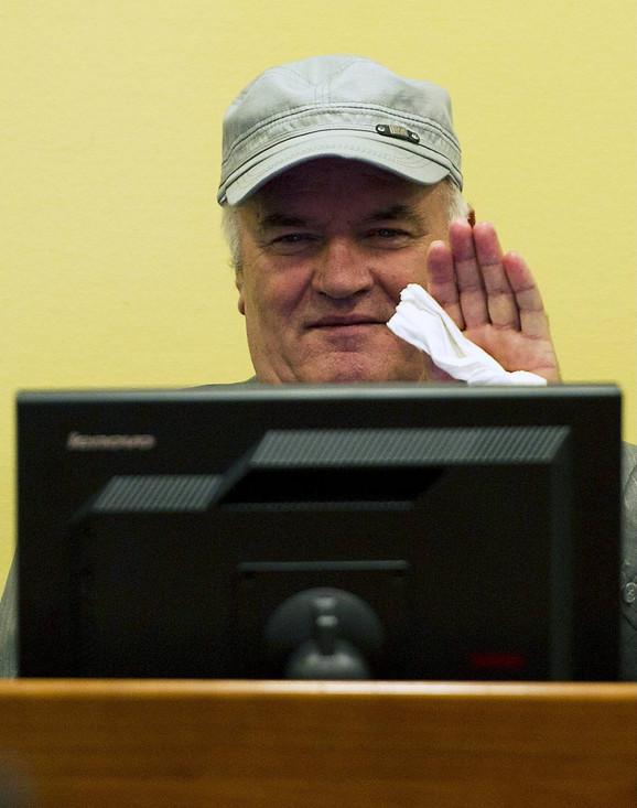 Ratko Mladić: Pojavljivanje u sudnici Haškog Tribunala