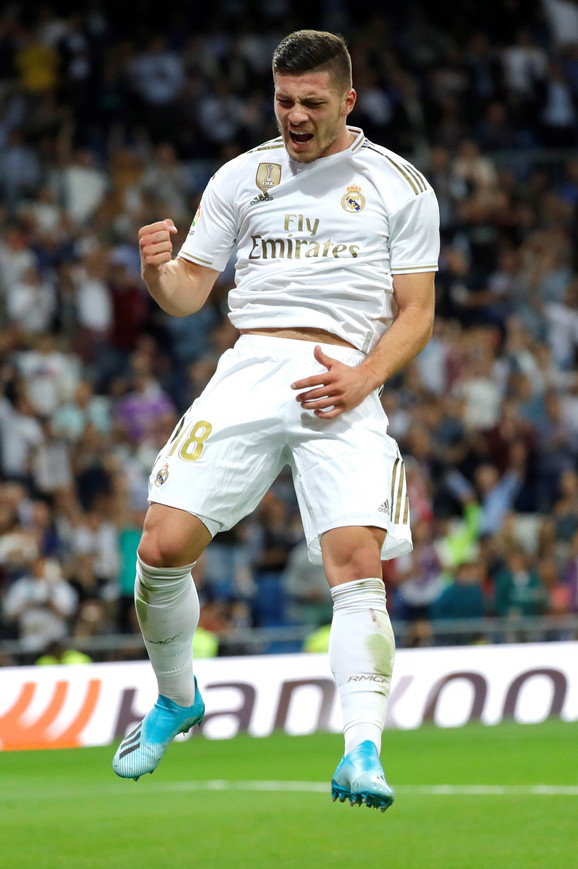 Luka Jović nakon postignutog pogotka