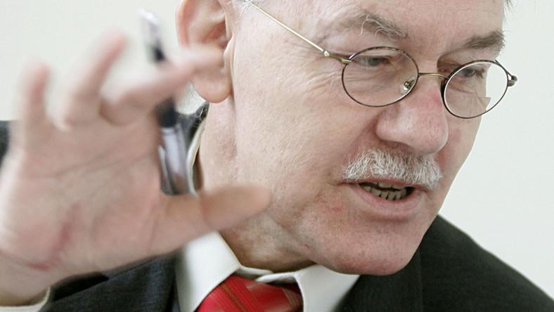 Krzemiński: Trybunał nie jest od zmieniania konstytucji