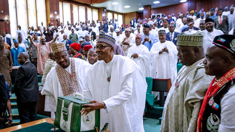 President Buhari presents 2019 budget before Nigerian lawmakers, December 19, 2018.