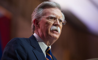 USA: Sąd federalny zezwolił na publikację książki Boltona na temat Trumpa