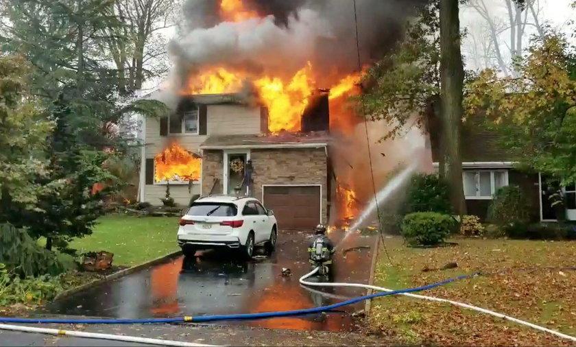 Awionetka spadła na dom Polaków w New Jersey