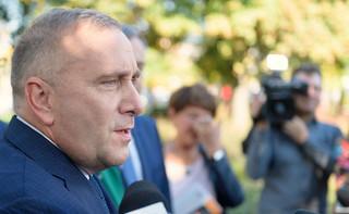 Schetyna mówił o 'PiS-owskiej szarańczy'. Legutko: Czy w EPL jest miejsce dla partii, która stosuje nazistowskie praktyki w kampanii samorządowej?