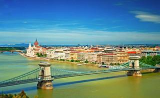 Wybory na Węgrzech: Czy opozycja odbierze Orbanowi część władzy lub przynajmniej pewność siebie