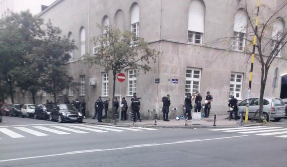Pripadnici Žandarmerije u Francuskoj ulici