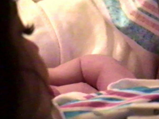 Prve slike ĆERKE KAJLI DŽENER: Snimak poznate mame na Jutjubu za nekoliko sati pogledalo više od devet miliona ljudi
