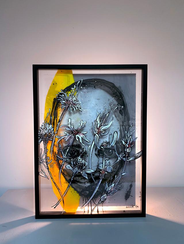 Vladimir Lalic Lice u cveću - tuš, ofset boja i papir na pleksiglasu - 50x70 - 2019