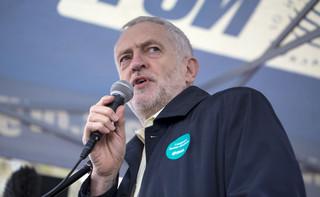 Corbyn chce doprowadzić do przedterminowych wyborów