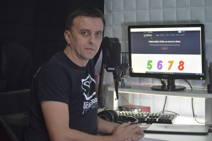 Profesor Saša Popović iz Niša