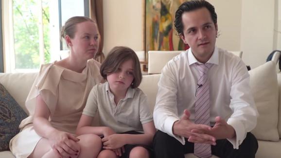 Loren sa roditeljima