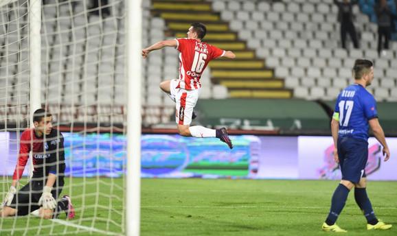 Milić slavi gol protiv Lučanaca