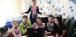 Samotna matka pyta ministra: Jak mam podzielić jeden komputer na 5 dzieci?