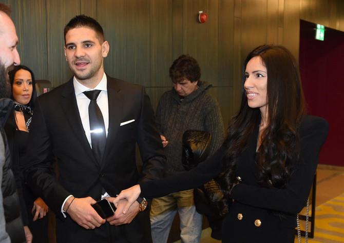 Aleksandar Mitrović sa suprugom Kristnom