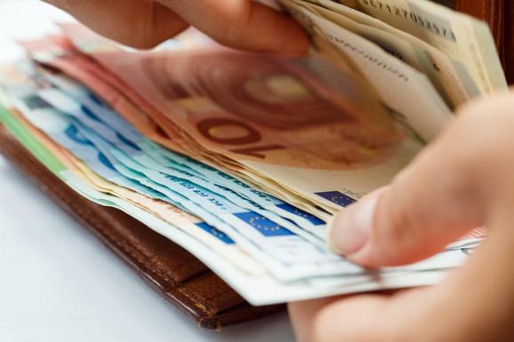 Moguća konverzija kredita u evre