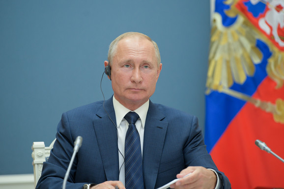 """""""TRAŽE ME, HOĆE DA ME UBIJU. TO SE NEĆE PROMENITI NI KADA UMRE PUTIN"""" Cela Rusija ga smatra IZDAJNIKOM, tajne koje je otkrio napravile su mu PAKAO od života"""