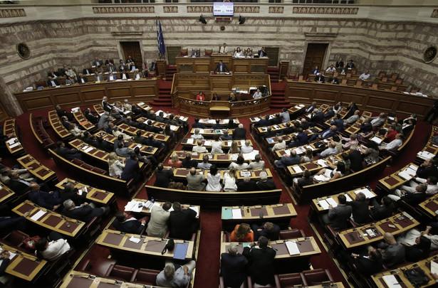 Przemawiając przed czwartkowym głosowaniem szef rządu przekonywał, że Grecja potrzebuje reform, aby móc funkcjonować