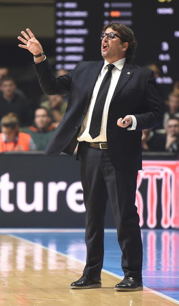 Andrea Trinkijeri, trener crno-belih košarkaša